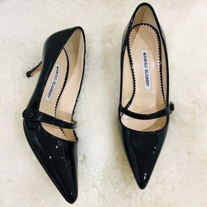 Manolo blahnik leather pumps size 35